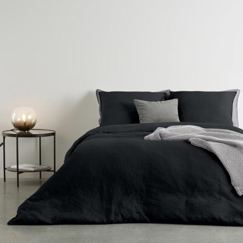 ou trouver accessoire deco minimaliste chambre parure de lit noire unie