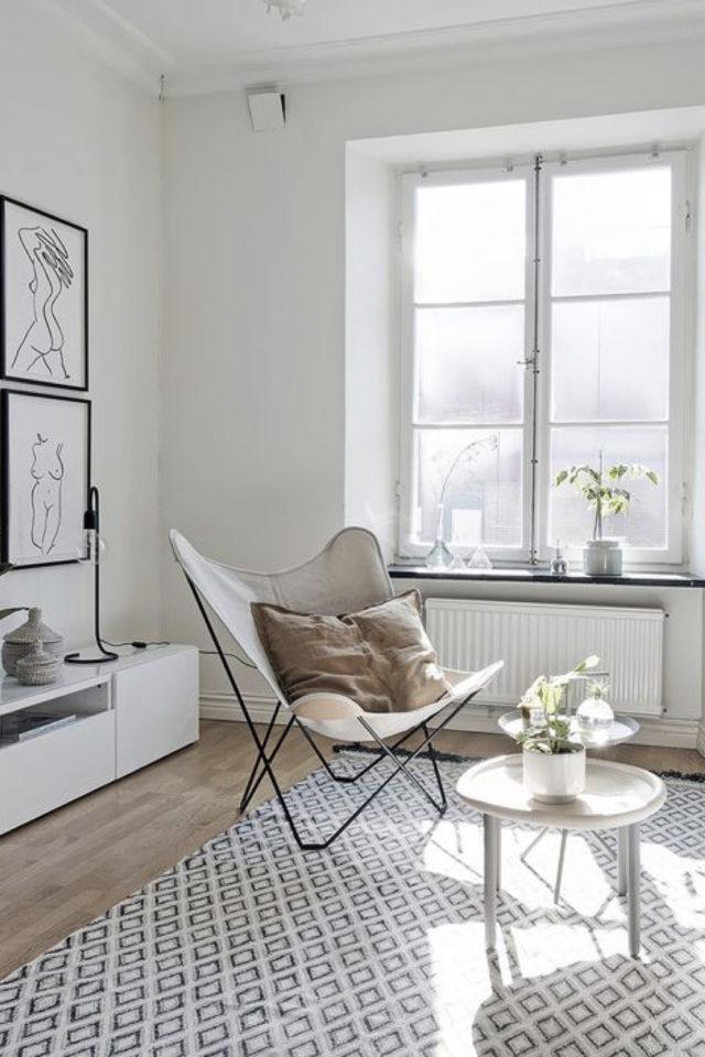 petit budget fauteuil papillon salon style épuré minimaliste lumineux