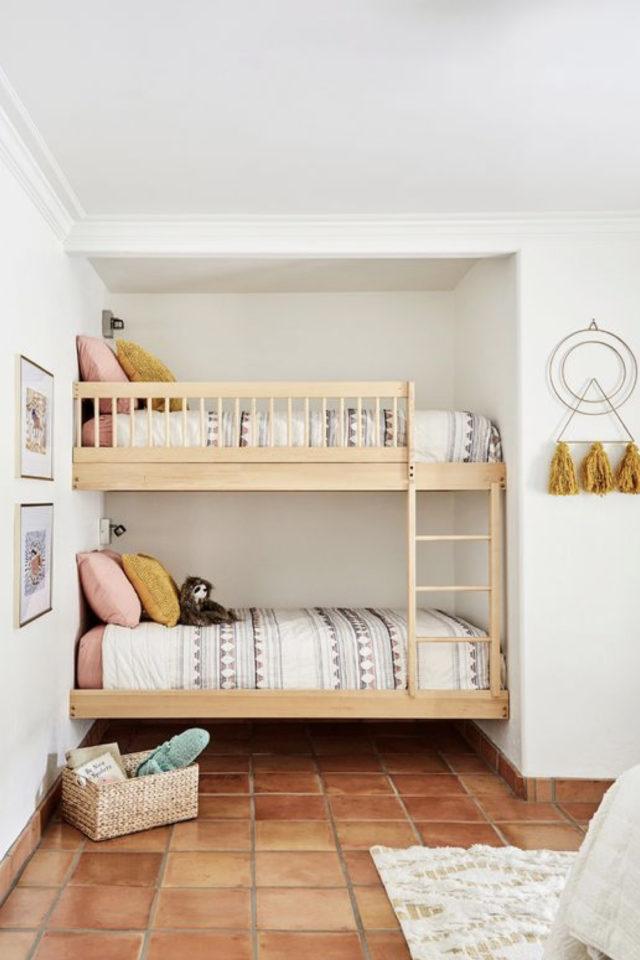 1 chambre 2 enfant exemple lits superposés modernes en bois