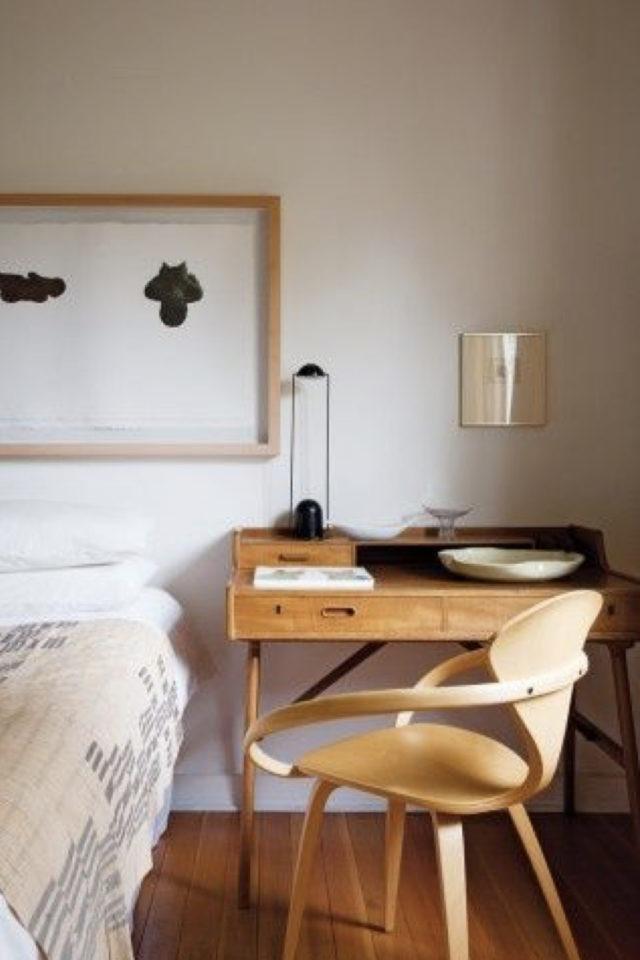 bureau chaise style vintage exemple espace lumineux télétravail fauteuil bois rétro