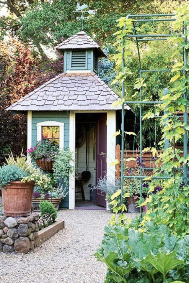 chalet jardin deco exemple original poétique bleu vert