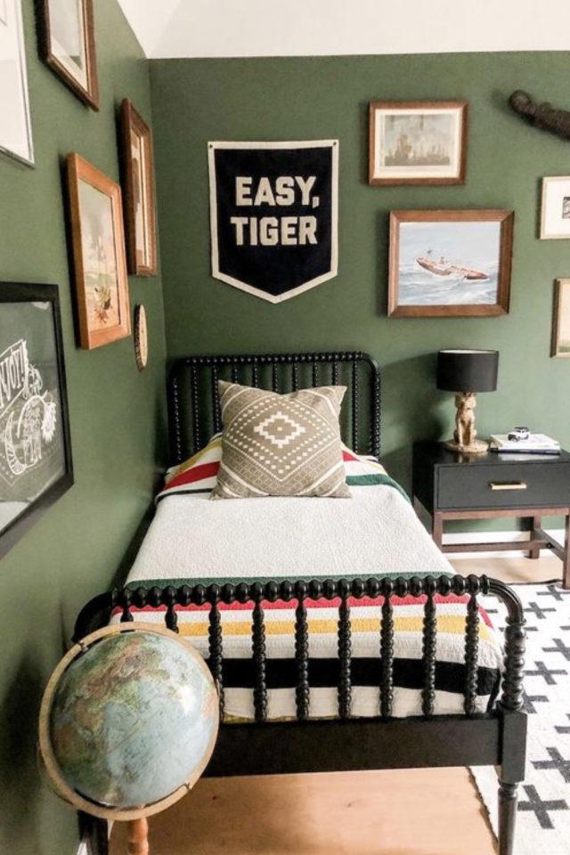 chambre enfant couleur moderne exemple vert sauge kaki grisé peinture murale lit garçon