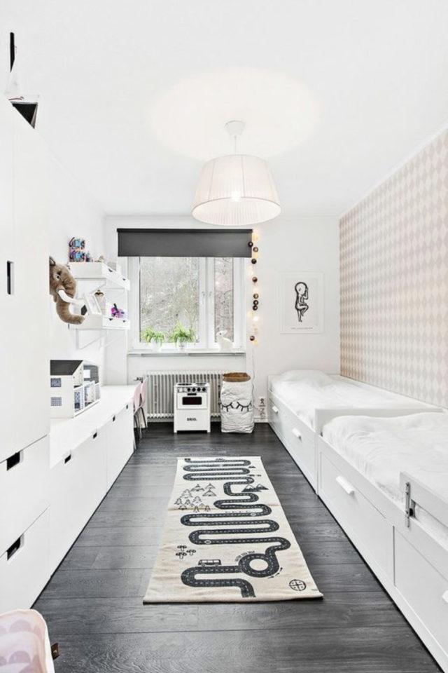 chambre enfant couleur neutre exemple parquet peinture noir mur blanc graphique