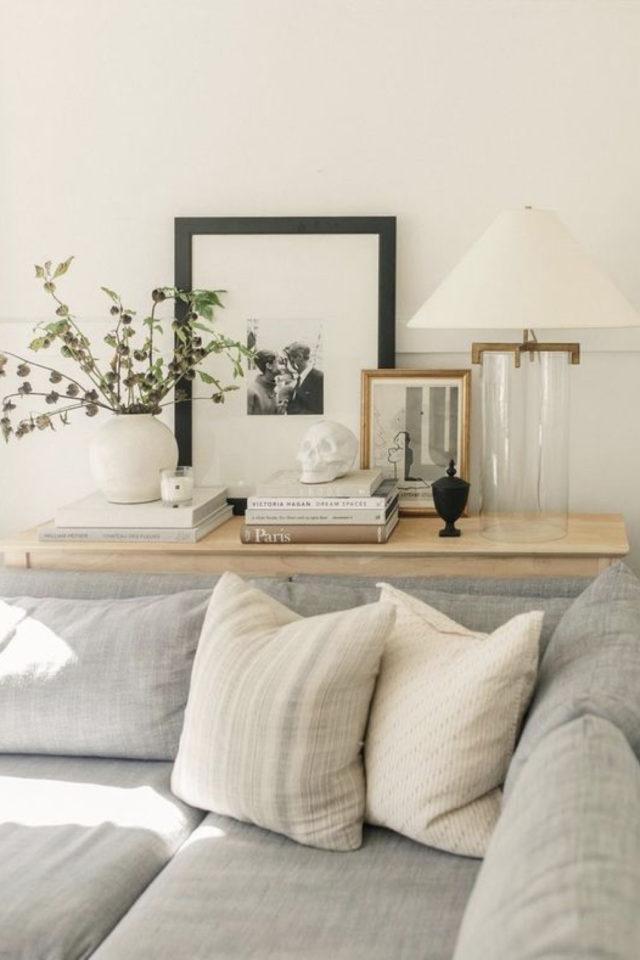 deco interieure slow et naturel exemple salon canapé angle gris tablette console bois
