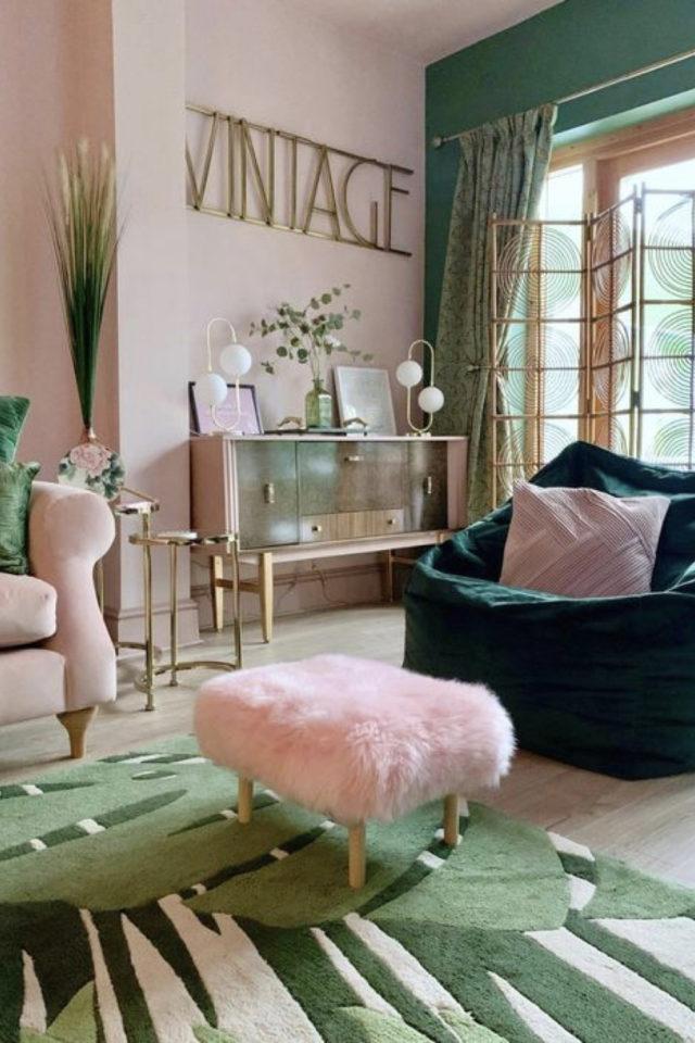 deco interieure vert et rose exemple style modern glam salon séjour vintage
