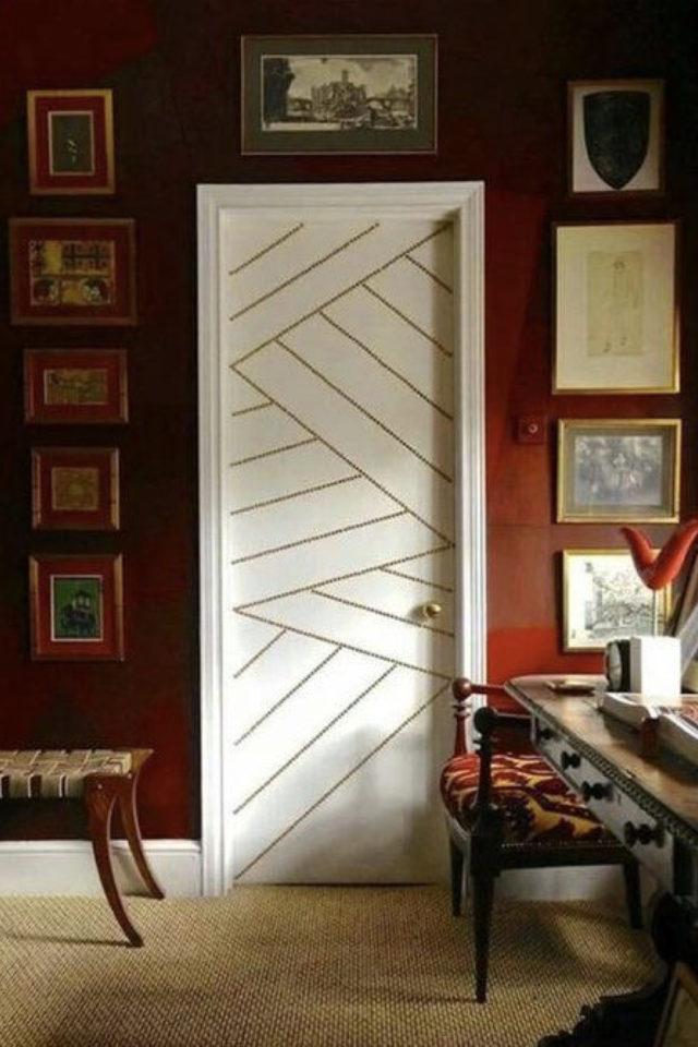 deco murale pas cher masking tape exemple porte mur uni motif géométrique facile à faire or
