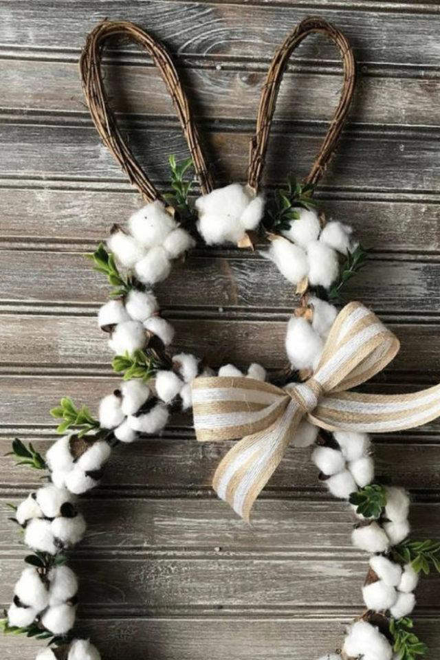 deco paques a faire soi meme lapin branchage fleur de coton