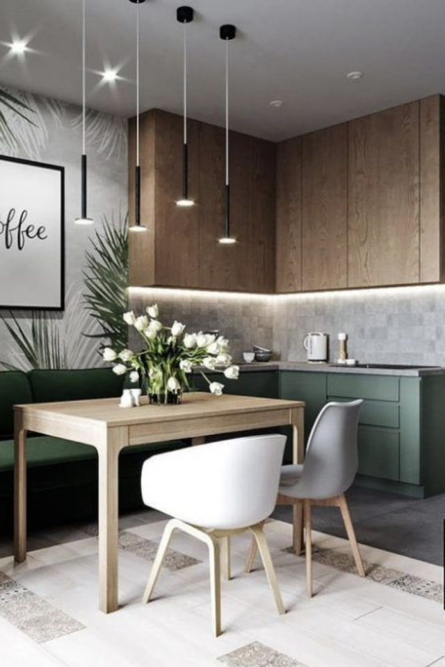 deco pas cher chaise cuisine petit moderne bois vert suage table rectangulaire banquette chaises dépareillées
