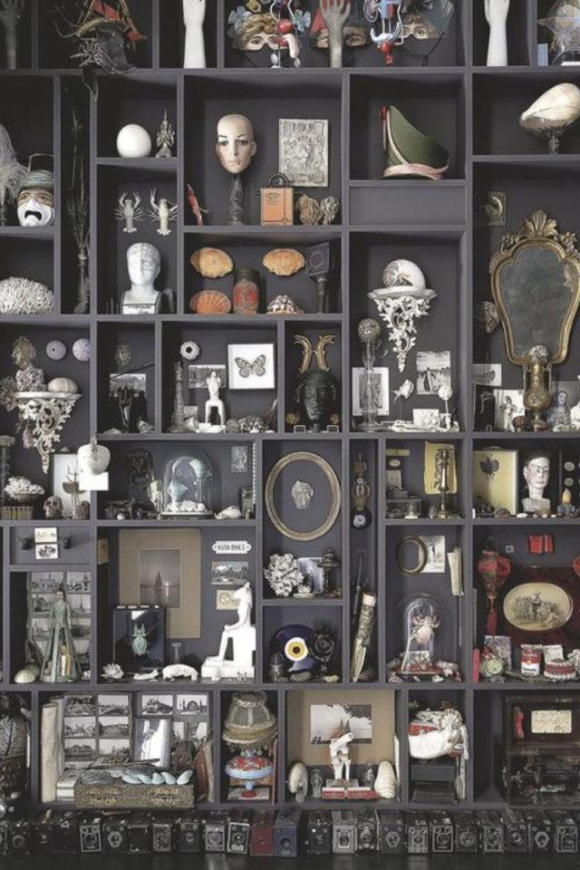 deco rock cabinet curiosite exemple bibliothèque noire collection accumulation objets divers