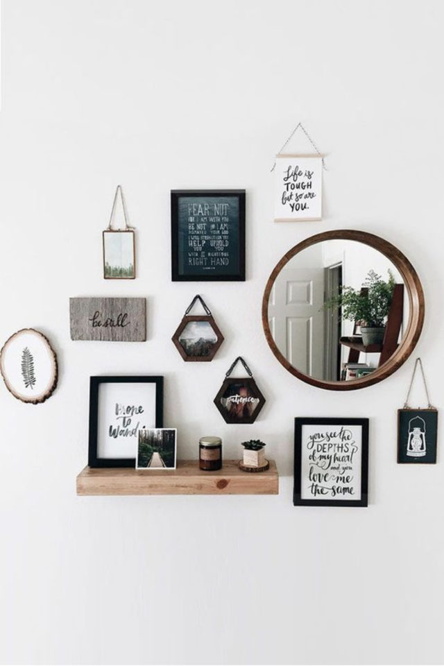 decor mural pas cher exemple décoration tendance moderne élégante miroir rond étagère cadres illustration