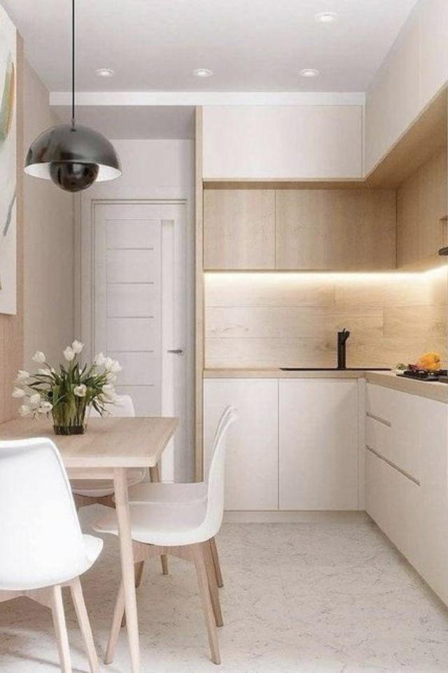 espace repas petite cuisine exemple mobilier moderne bois et blanc table bois scandinave