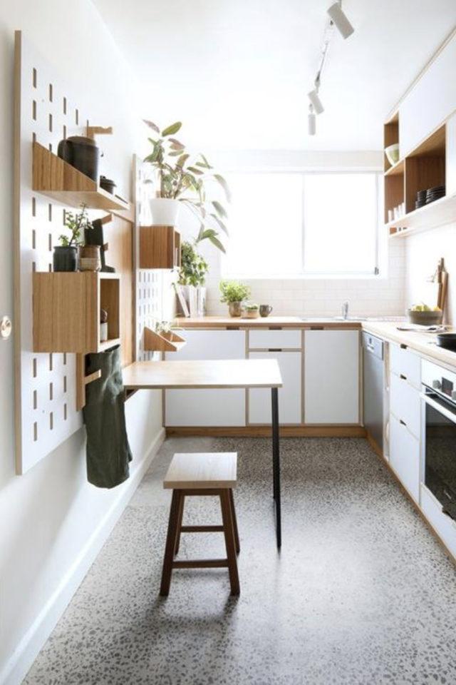 espace repas petite cuisine exemple table accrochée au mur tabouret cuisine moderne et agréable