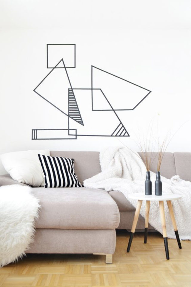 exemple deco masking tape pas cher ambiance salon séjour canapé facile diy géométrique