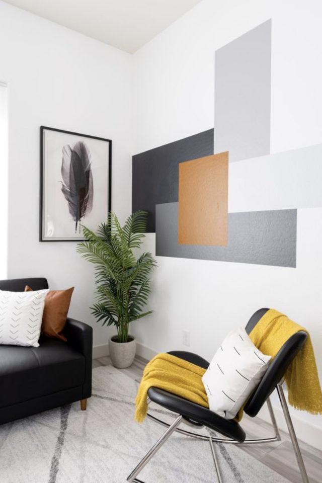 exemple peinture murale originale géométrique salon séjour pièce à vivre carré et rectangles gris noir blanc terracotta