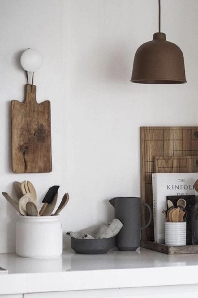 mise en scene deco cuisine ambiance slow et moderne bois et blanc classique kinfolk