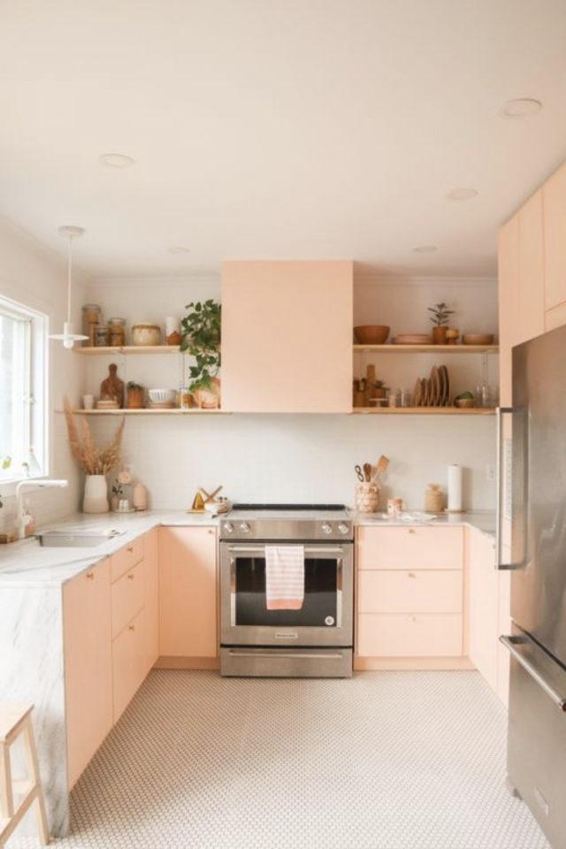 petite cuisine couleur exemple rose pastel mobilier façade