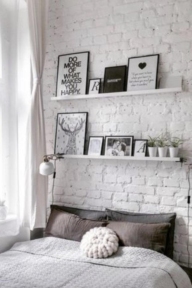 petite piece papier peint exemple mur accent chambre à coucher effet brique blanche
