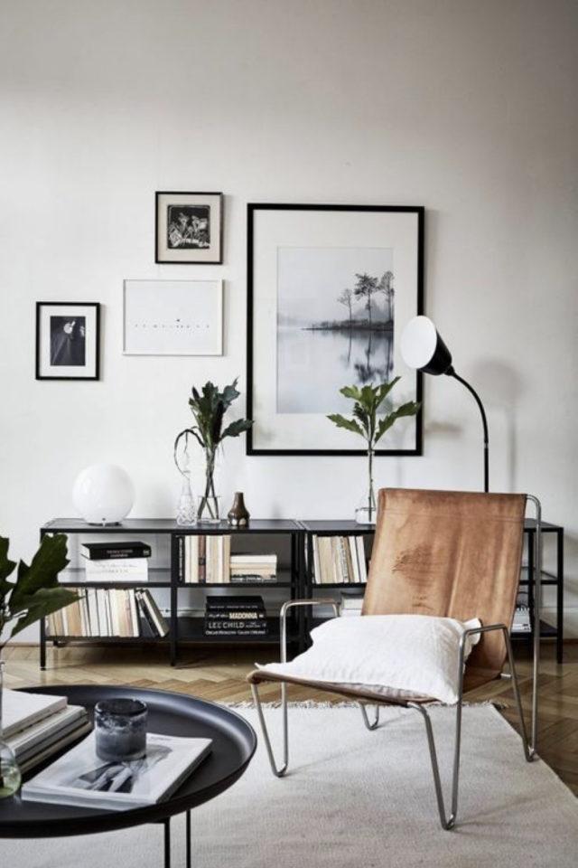 salon decoration style masculin exemple fauetuil cuir cognac meuble tele bibliothèque rangement décoration murale