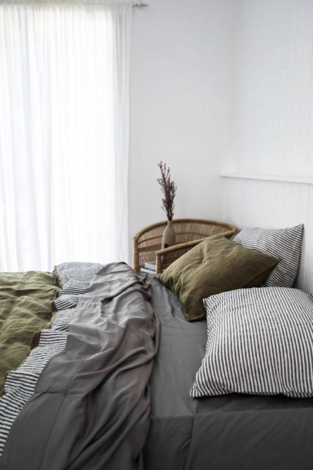 chambre a coucher style masculin exemple dominante peinture blanche linge de lit simple épuré minimaliste