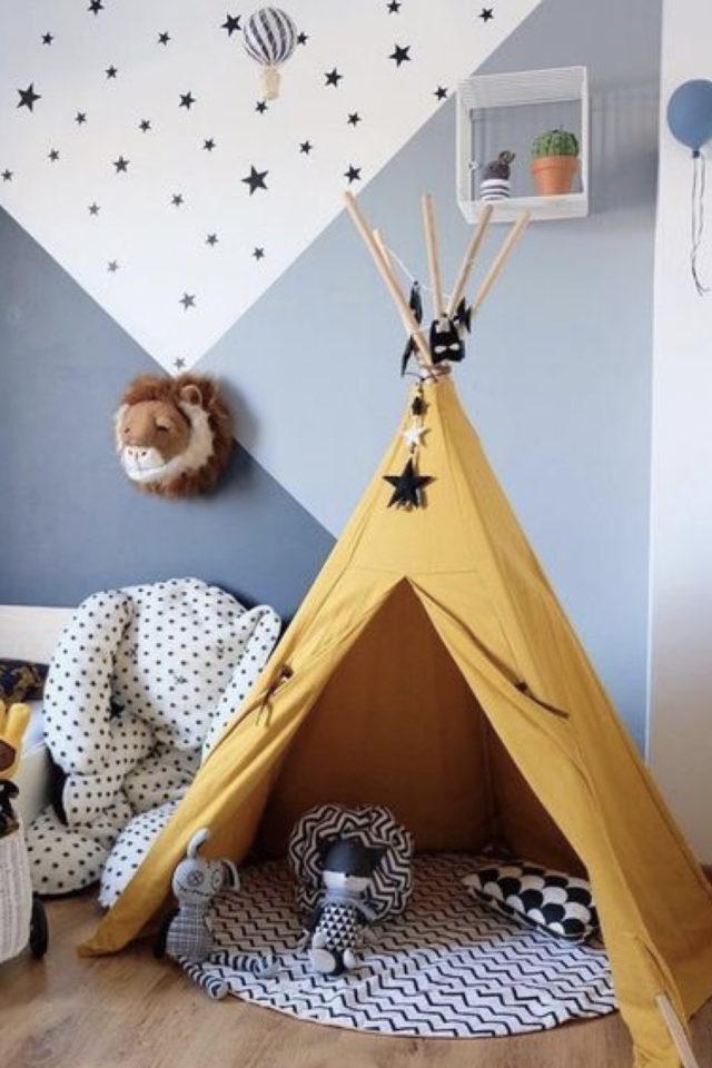 chambre enfant jaune exemple tipie espace jeu peinture géométrique bleu gris blanc