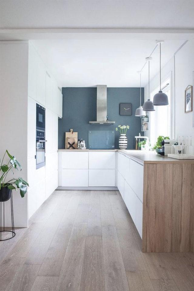 cuisine lumiere naturelle couleur peinture couleur bleu mur accent