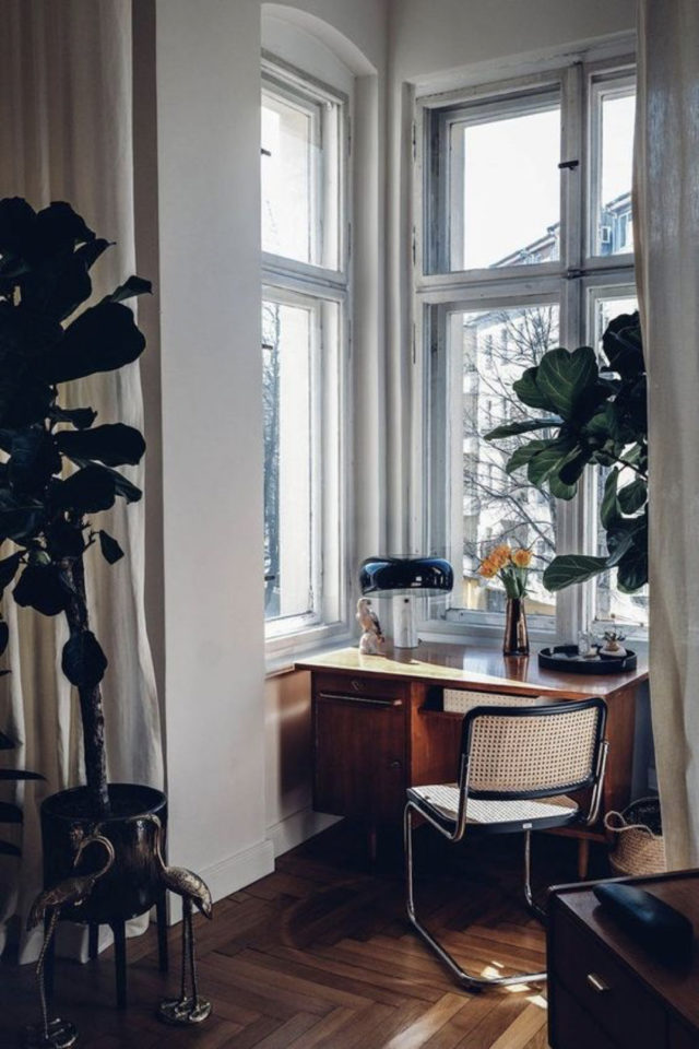 espace bureau salon exemple loggia bow window luminosité extérieure naturelle