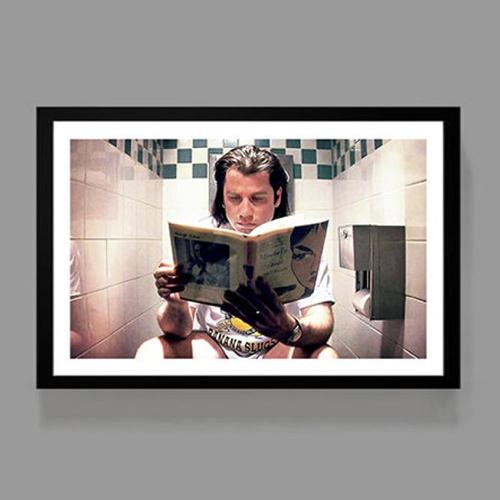 ou trouver affiche film deco cine pulp fiction toilettes vincent vega lecture