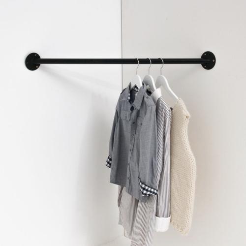 ou trouver deco chambre masculine barre pour accrocher les vêtement angle pratique fonctionnel gain de place