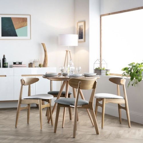 petite table coin repas decoration ronde bois tendance moderne simple
