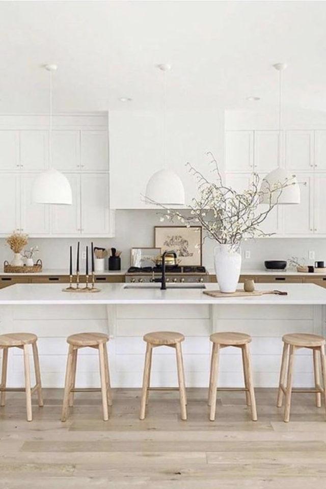 solution cuisine trop sombre couleur meuble mur blanc bois moderne épuré