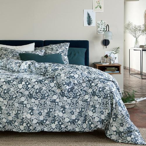 tendance campagne chic pas cher linge de lit imprimé floral bleu et blanc petite fleur