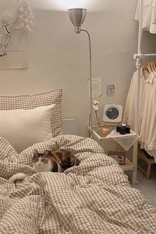 amenagement studio style coreen moderne petit espace chambre lit et penderie moderne