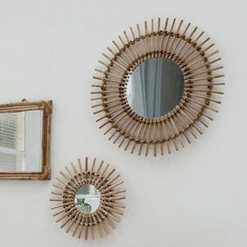 deco balcon boheme rotin naturel miroir rond type soleil