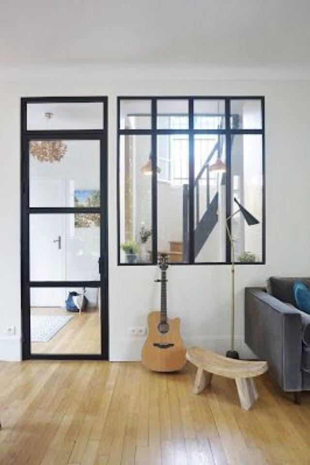 exemple porte vitree elegante moderne metal aluminium et verre structure épurée