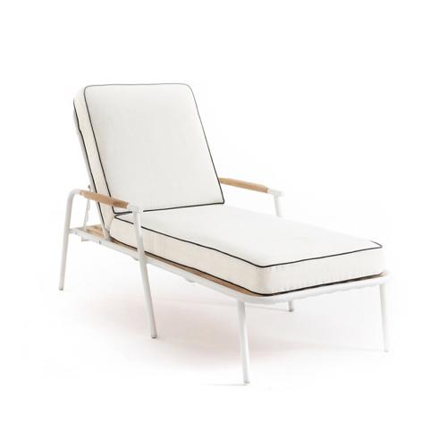 jardin tendance confort 2021 bain de soleil chic élégant blang écru liseré noir structure métal blanche