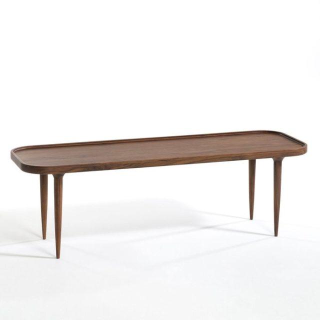 meuble deco minimaliste et chaleureux table basse longue rectangulaire bois foncé style vintage