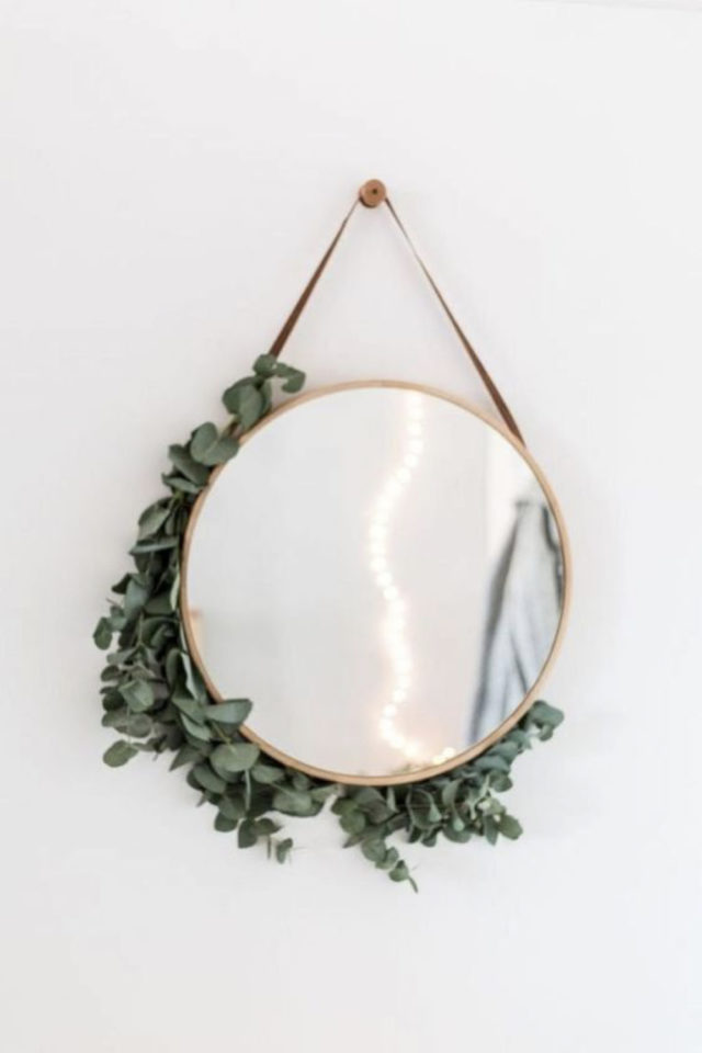 miroir rond suspendu idee decoration eucalyptus plantes élégant moderne