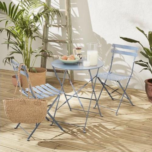 mobilier jardin pas cher table et chaise couleur bleu ciel lavande
