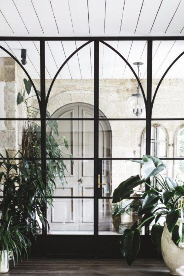 porte vitree interieure moderne exemple style verrière élégante montant arrondi style cathédrale
