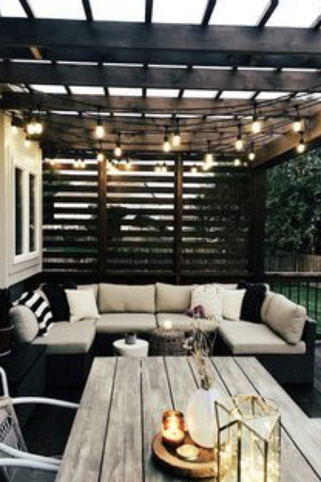 salon de jardin moderne exemple canapé convivial coussins