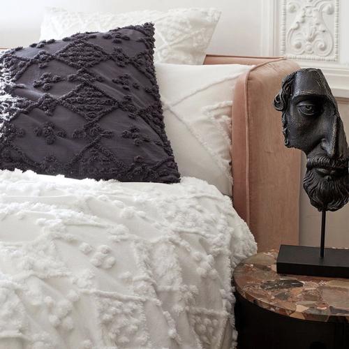accessoire decoration style neo antique statuette sur pied visage effet bronze