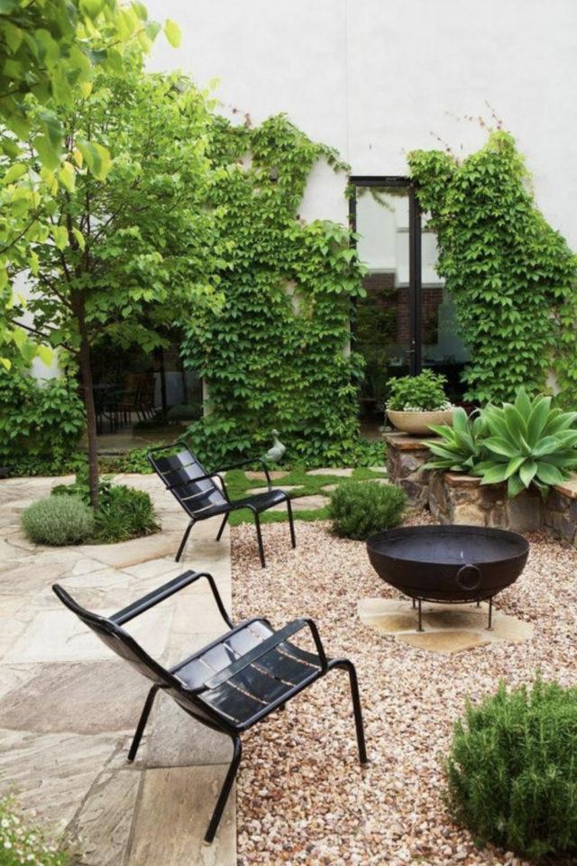 brasero exemple amenagement jardin outdoor foyer extérieur plante gravier terrasse