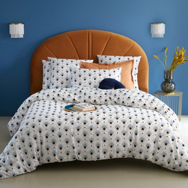 chambre couleur accessoire exemple tête de lit originale velours ocre tabac
