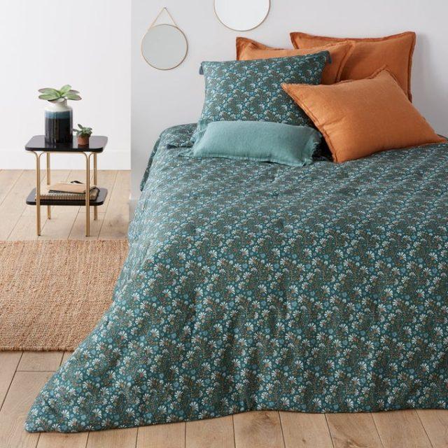 chambre couleur accessoire exemple couvre-lit imprimé bleu vert