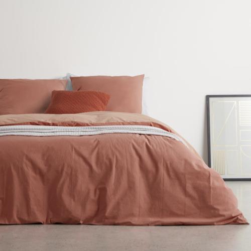 couleur chambre accessoire decoration mobilier parure de lit couleur unie terracotta