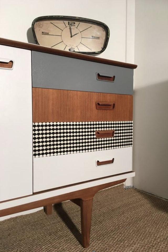 exemple meuble vintage relooke tiroirs peinture blanc bois gris vichy