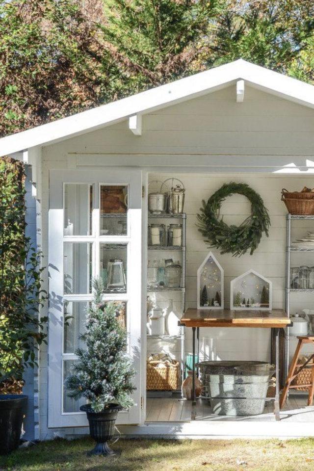 jardin amenagement she shed exemple abri blanc avec porte