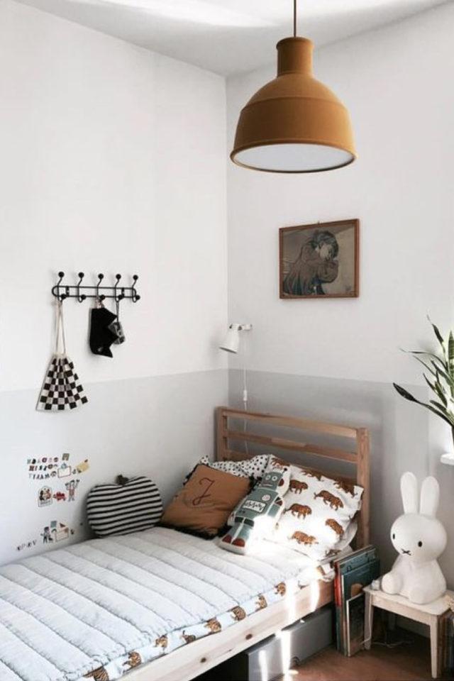 luminaire chambre enfant exemple blanc et gris suspension design couleur rouille