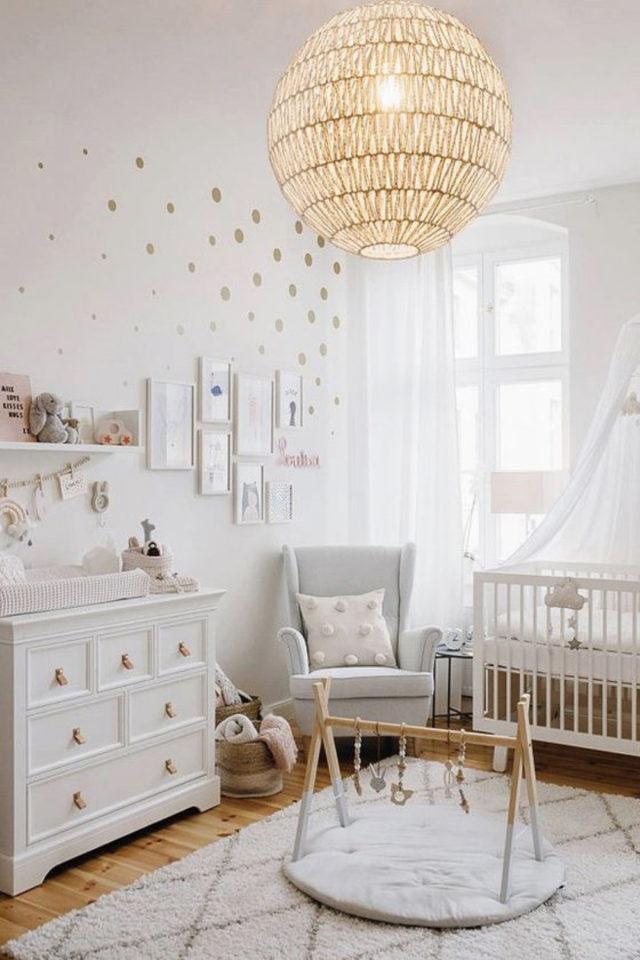 luminaire chambre enfant exemple chambre bébé suspension naturelle