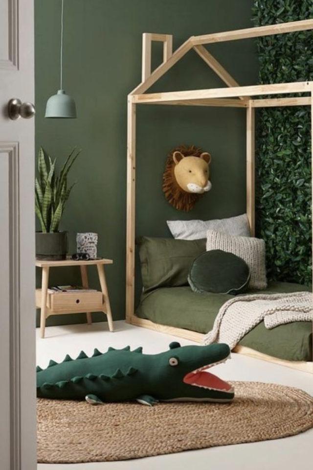 luminaire chambre enfant exemple garçon style jungle safari vert suspension design